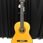 Yamaha CG192S Solid Spruce Top, Rosewood Back/Sides